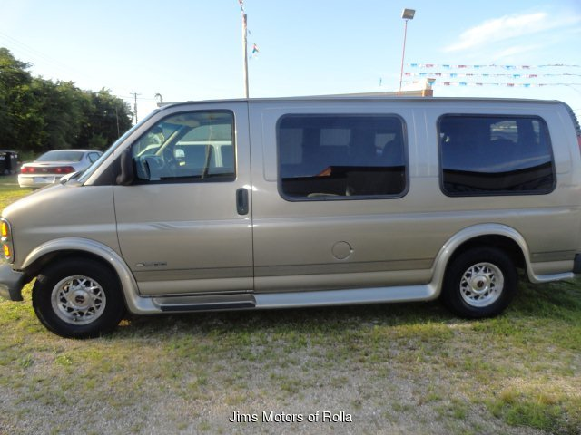 2002 Chevrolet Express 1500 Cargo 4-Speed Automatic